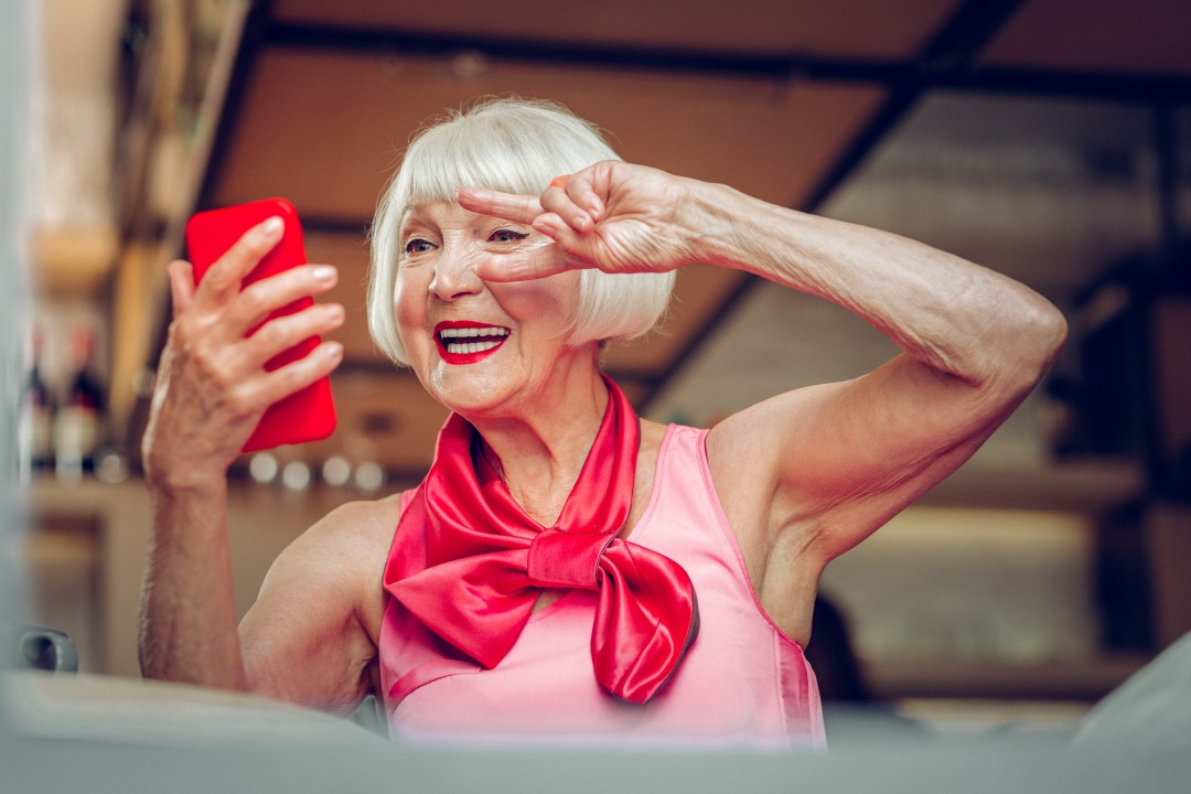 senior-woman-taking-selfie